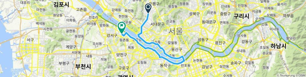 Han River /Banbpo Bridge Loop