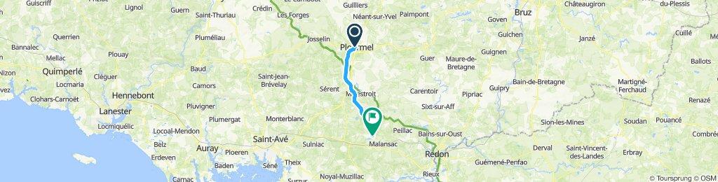 Snail-like route in Rochefort-en-Terre