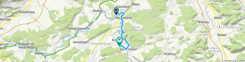 Gerade Fahrt in Roggwil BE