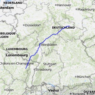 Tour nach F Centerparc Moselle