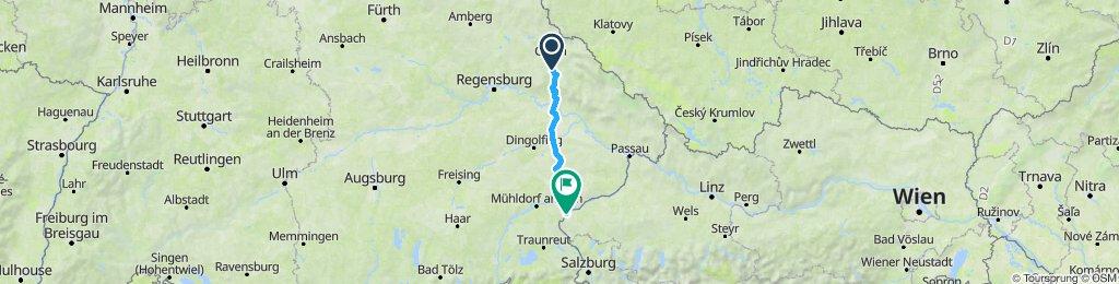 Langsame Fahrt in Burghausen