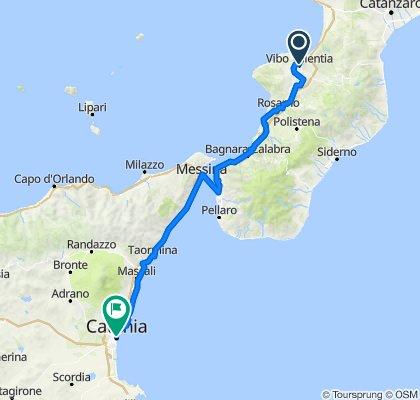 Dia 17: Vibo Valentia à Catânia, Itália