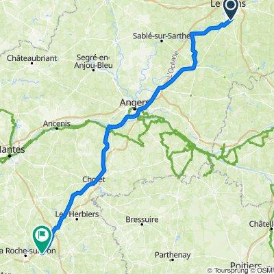 9 Place Luigi Chinetti, Le Mans to 2–84 Allée des Lavandières, La Chaize-le-Vicomte