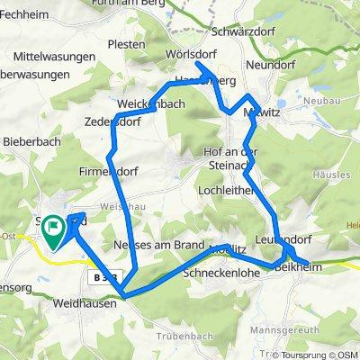 Gerade Fahrt in Sonnefeld