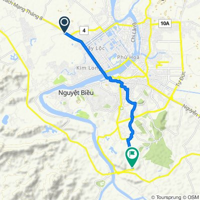 Cycling route from Culture Pham Travel to Khai Dinh Tomb