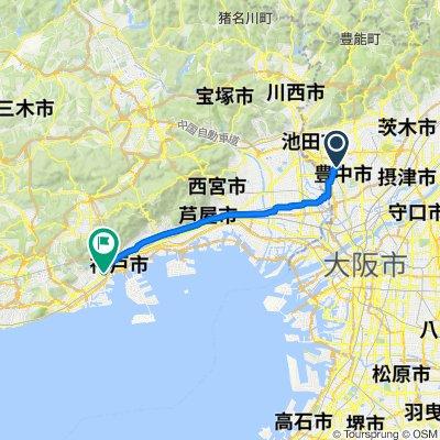湊川神社へ