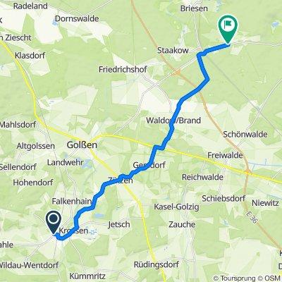 Langsame Fahrt in Rietzneuendorf-Staakow