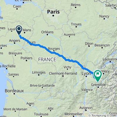 De Rue de l'Échelle 3, Parcé-sur-Sarthe à Route du Bourg 780, Miribel-les-Échelles