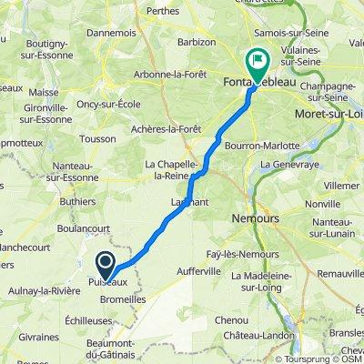 1–3 Place de la République, Puiseaux to 27 Rue Denecourt, Fontainebleau
