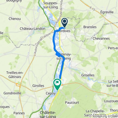 Relaxed route in Fontenay-sur-Loing