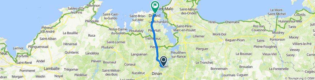 De 4 Rue du Manoir, Taden à 28 Boulevard Féart, Dinard