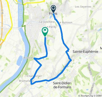 De 21 Rue des Gagères, Frans à 731 Rue de la Liberté, Jassans-Riottier