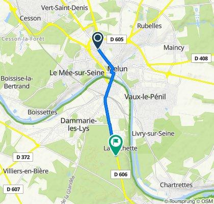 De 47 Avenue du Général Patton, Melun à Avenue du Général Leclerc, La Rochette