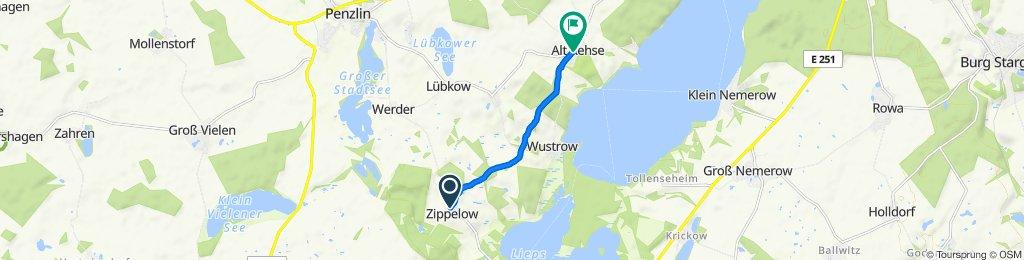 Zippelow 12, Hohenzieritz nach Landgasthof Rethra 9, Penzlin