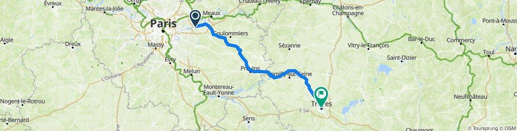 De 12 Rue de l'Hôtel de Ville, Lagny-sur-Marne à 22 Rue de la République, Troyes