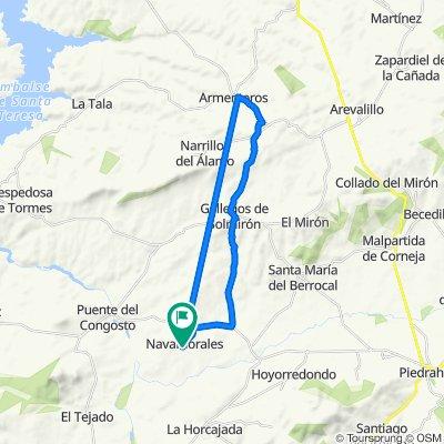 De Calle Cruz de Blanco 8, Navamorales a Travesía Fuente Abajo 32, Navamorales