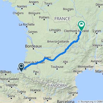33–62 Chemin Ostaleria, Ahetze to 1 Place Antonin Chastel, Thiers