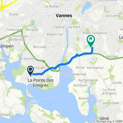 De 8 Rue Nicolas-Thomas Marion-Dufresne, Vannes à Rue André Lwoff, Vannes