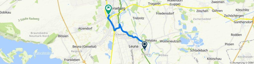 fahradfahren nach Rosenweg 43, Merseburg (Saale)