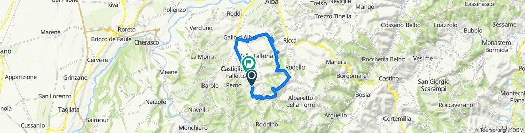 Serralunga Sinio DianoD'Alba SchlossCavour (26km, 560hm)