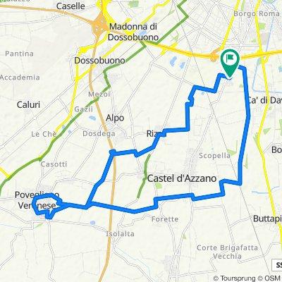 Da Via Sacra Famiglia 5, Verona a Via Sacra Famiglia 12, Verona
