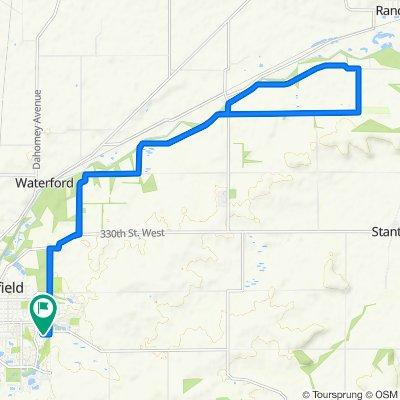 Northfield to Sciota Township Hall to Northfield on Gravel 18 mi 500 ft climb