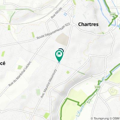 De 2–18 Rue Rabuan du Coudray, Chartres à 107 Avenue du Maréchal Maunoury, Chartres
