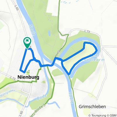 Jahnstraße 17, Nienburg (Saaleä) nach Jahnstraße 18, Nienburg (Saale)