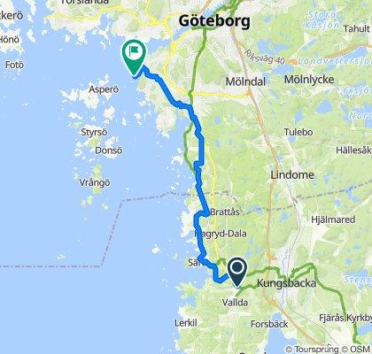 Sandövägen 20 to Lasse Dahlquists Plats 3
