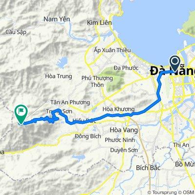 Da Nang City to Ba Na Hills with Phong Nha Locals