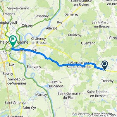De Route de Chalon, Lessard-en-Bresse à 3 Place de l'Hôtel de Ville, Chalon-sur-Saône