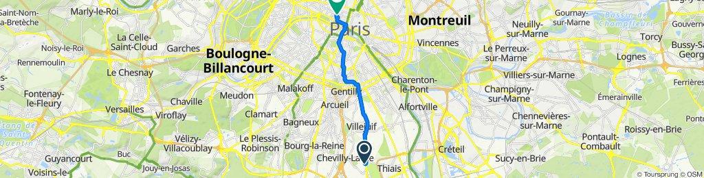 De 2 Square de la Pépinière, Chevilly-Larue à 48 Rue de Valois, Paris