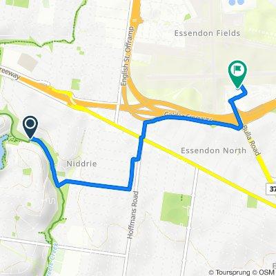The Avenue, Niddrie to Perimeter Road, Essendon Fields