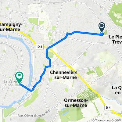 De 10 Avenue Beauséjour, Le Plessis-Trévise à 1–9 Place de Stalingrad, Saint-Maur-des-Fossés