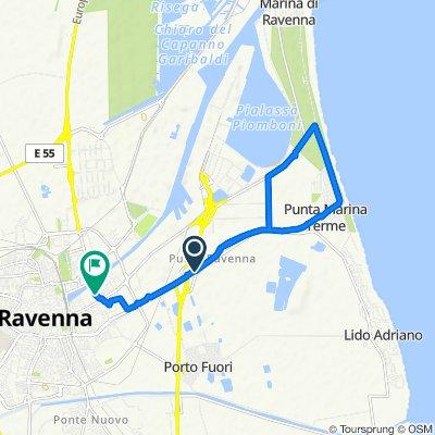 Da Circonvallazione Canale Molinetto 327, Ravenna a Via Monsignor Salvatore Baldassarri 15, Ravenna