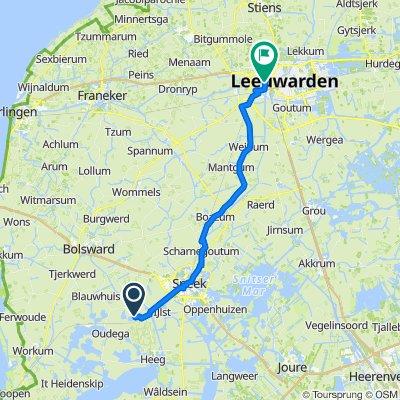 Pikedyk 1, Oosthem naar Anne Wadmanwei 6, Leeuwarden