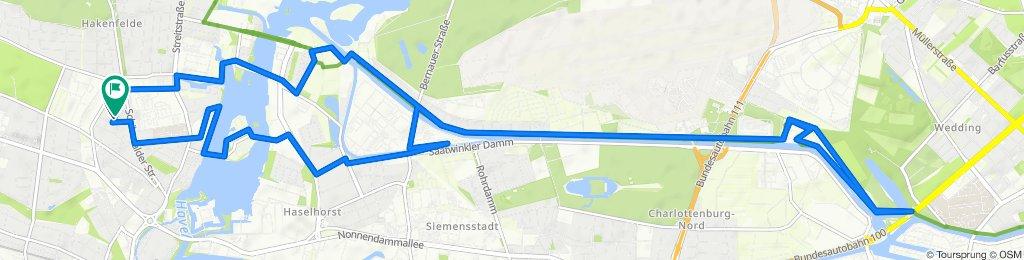 Glöwener Straße 26, Berlin nach Glöwener Straße 28, Berlin