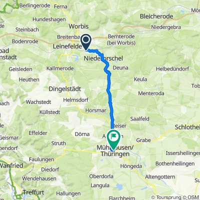 Schulstraße 8, Hausen nach Bei der Marienkirche 1–5, Mühlhausen/Thüringen