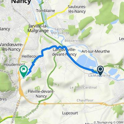 De Impasse Julie 3, Laneuveville-devant-Nancy à Allée de la Genelière 3, Houdemont