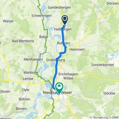 Feldstraße 23, Haßbergen nach Berliner Ring 45, Nienburg/Weser