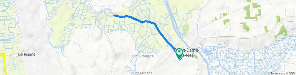 De 7 Rue des Combes, Notre-Dame-de-Riez à 5 Rue des Combes, Notre-Dame-de-Riez