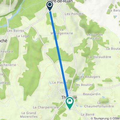 21 Rue de la Croix Billette, Saché to 25 Rue Croix Saint-Charles, Thilouze