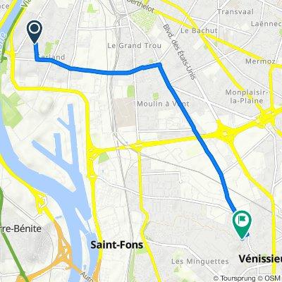 De Rue Marcel Mérieux 172, Lyon à Rue Lise london 5, Vénissieux
