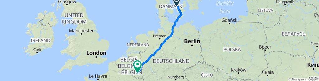 Sanglærkevej 5, Eskebjerg to Place Général Mc Auliffe 38, Bastogne