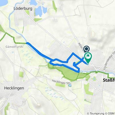 Athenslebener Weg 19, Staßfurt nach Schillerstraße 21, Staßfurt