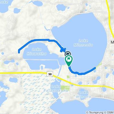 De Lake Minneola Shores, Clermont a 162–198 12th St, Clermont