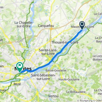 Beau Soleil 120, Mauves-sur-Loire to Rue Neuve des Capucins 8, Nantes