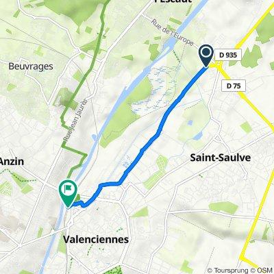 Route from D935, Saint-Saulve