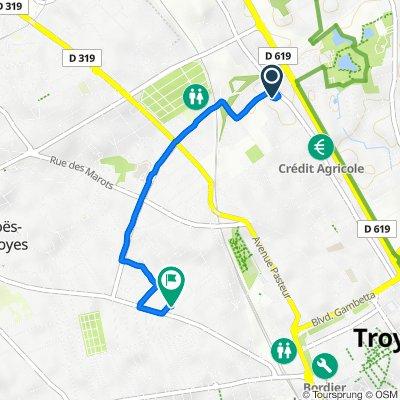 De 165bis Rue de Preize, Troyes à 12 Rue Maurice Mauchauffée, Troyes