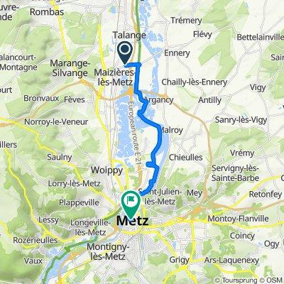 Route de Maizières, Hauconcourt nach 12 Place Saint-Etienne, Metz